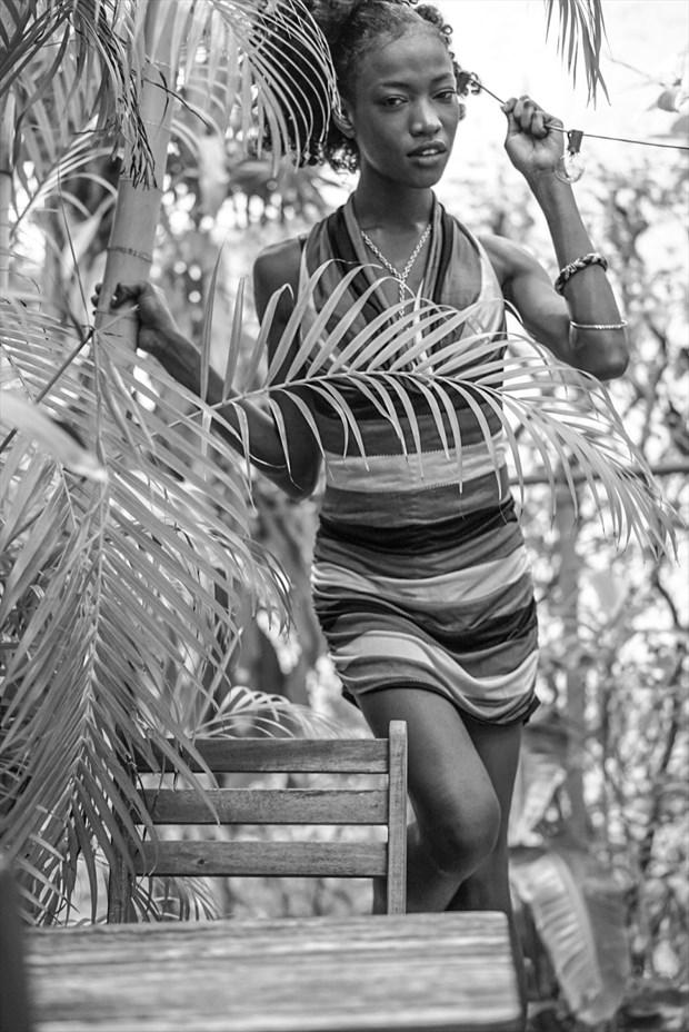 Nature Close Up Photo by Model Haitianbratt