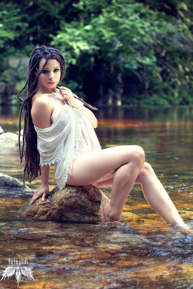 Nature Glamour Photo by Model Savra