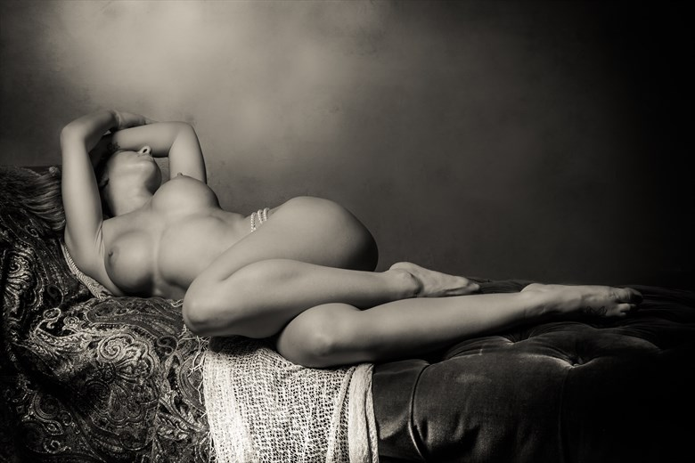 Neo Classic Reclining Nude Artistic Nude Photo by Photographer Risen Phoenix