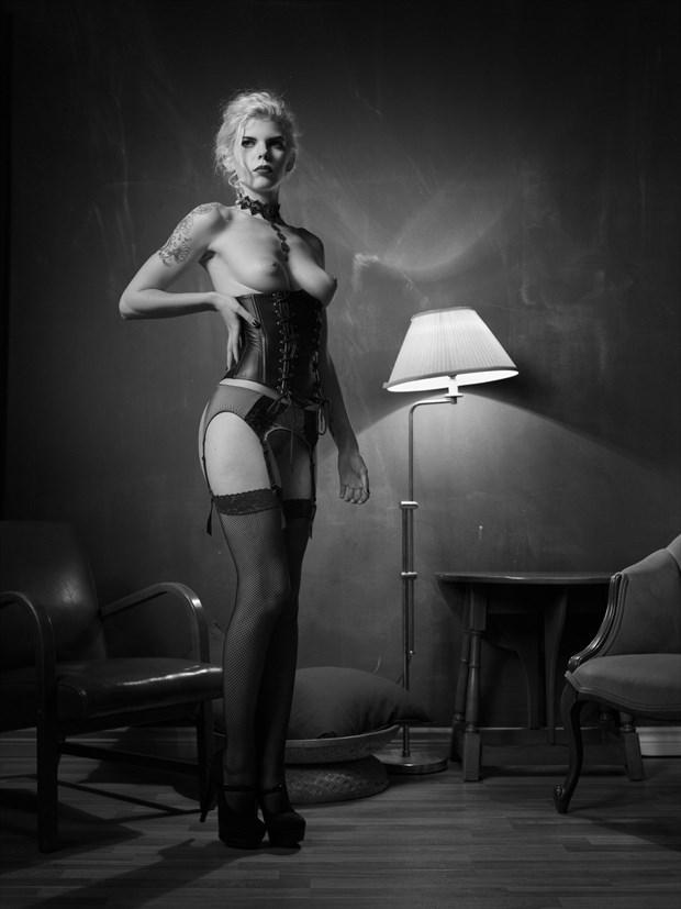 Newtonesque %236 Artistic Nude Photo by Photographer Bruce M Walker