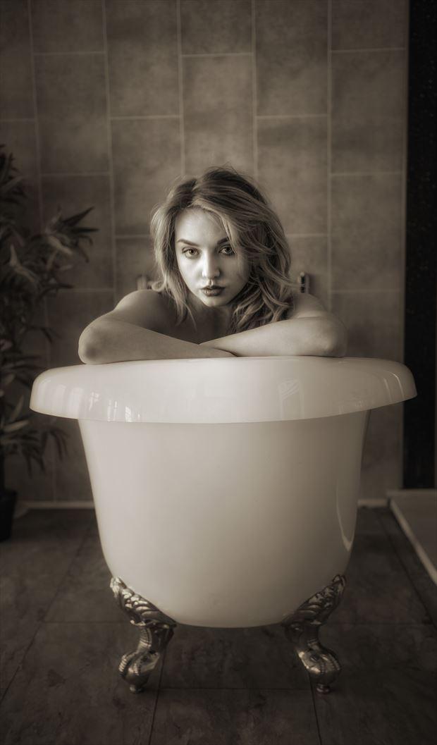 Nicole Bath Tub Portrait Artistic Nude Photo by Photographer NeilH