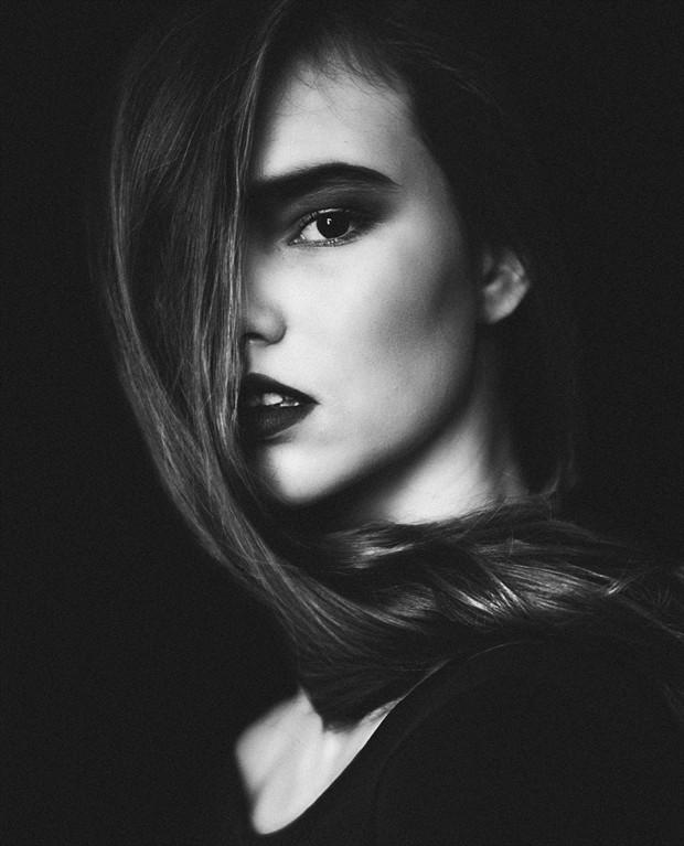 Nika Portrait Photo by Photographer kokosova kulicka