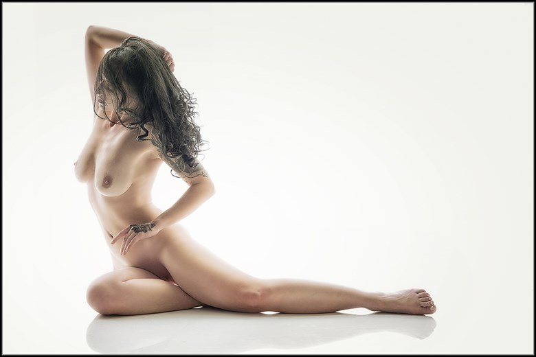 Nikki Artistic Nude Photo by Photographer Magicc Imagery