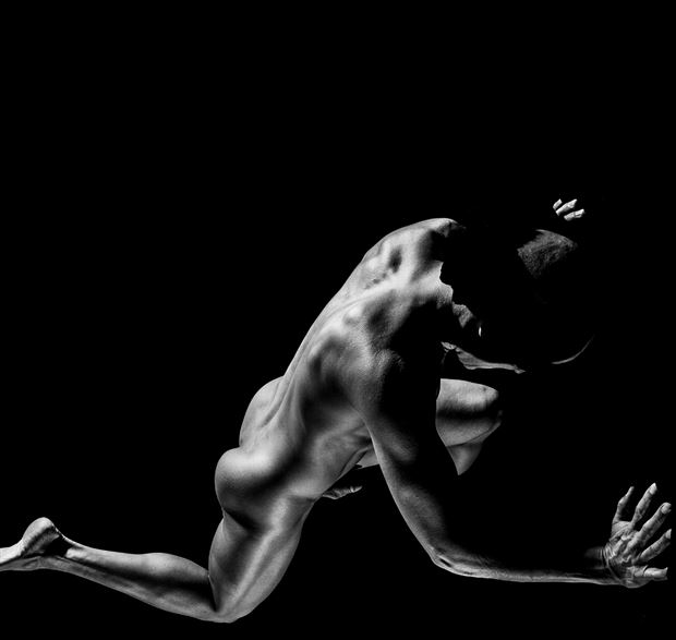 No Way Out Artistic Nude Photo by Model Avid Light