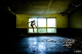 Nobody's home but us. Artistic Nude Photo by Photographer mtygerphoto