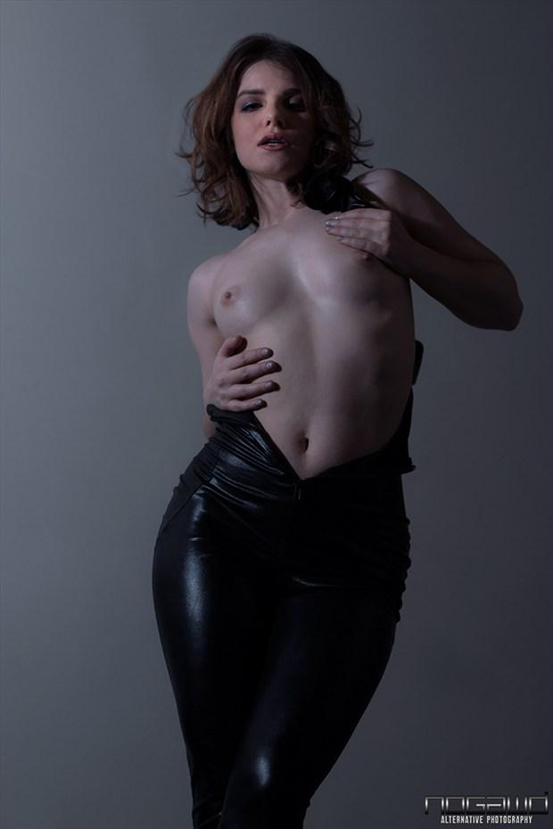 Nogawd Photos Artistic Nude Photo by Model Nathalia Rhodes