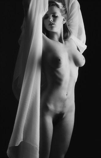 Nude %234 Artistic Nude Photo by Photographer Frank Pichardo