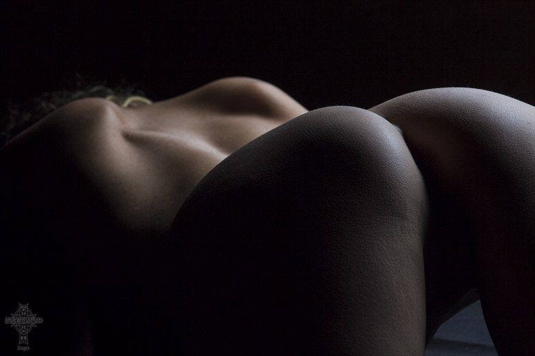 Nyctophilia Artistic Nude Artwork by Model Riccella