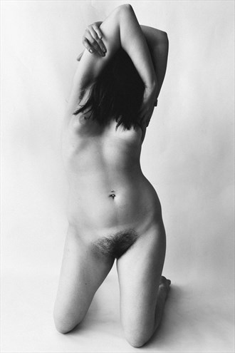 Ode to the form Artistic Nude Photo by Model Sienna Luna