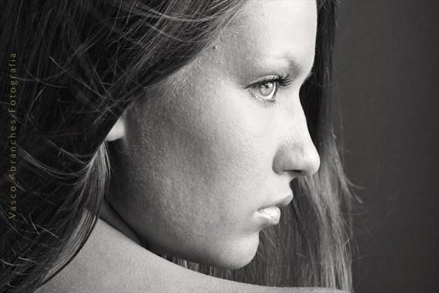 Oksana Silhouette Photo by Photographer Vasco Abranches