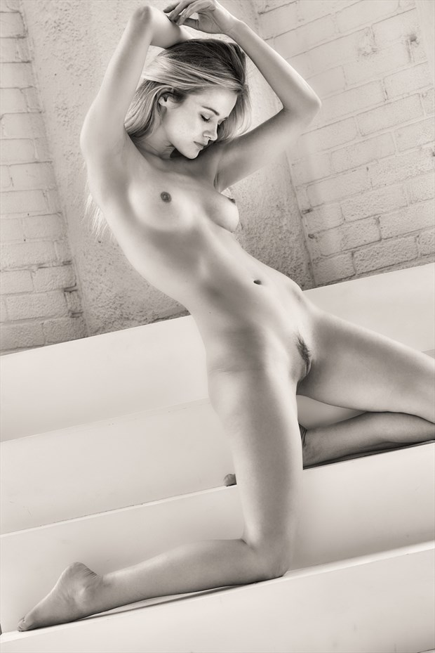 Olivia  Artistic Nude Photo by Photographer StromePhoto