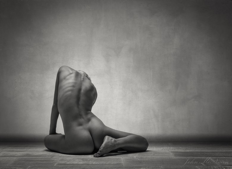 On the Turning Away Artistic Nude Photo by Photographer Rascallyfox