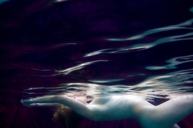 Ophelia Artistic Nude Photo by Photographer Lumin