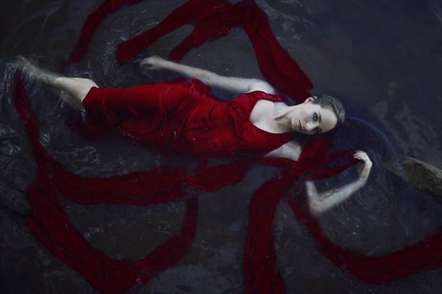 Ophelia in red Bikini Photo by Photographer Vander Warf Photography