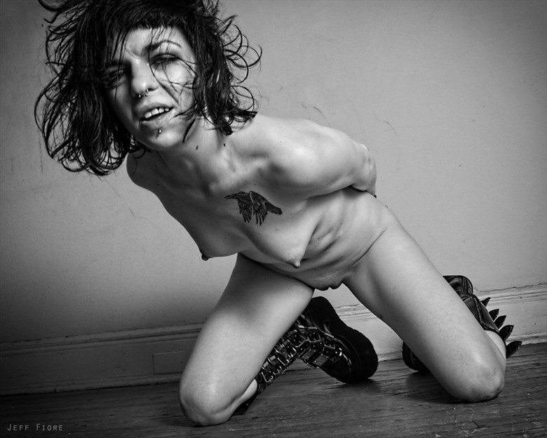 Palesaent Artistic Nude Photo by Photographer Jeff Fiore