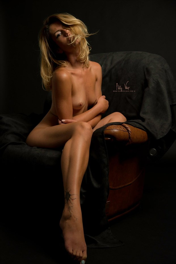 Pavlina Artistic Nude Photo by Photographer philippvince