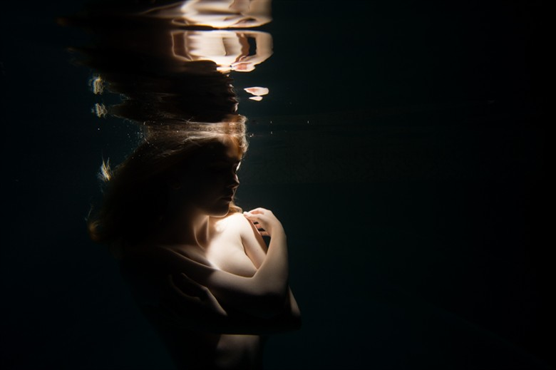 Peace Beneath the Surface Artistic Nude Photo by Model Sylph Sia