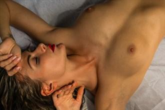 Peaceful Elegance Artistic Nude Photo by Photographer ebprodigy