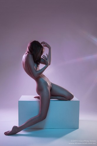 Pearl Artistic Nude Photo by Model Sylph Sia