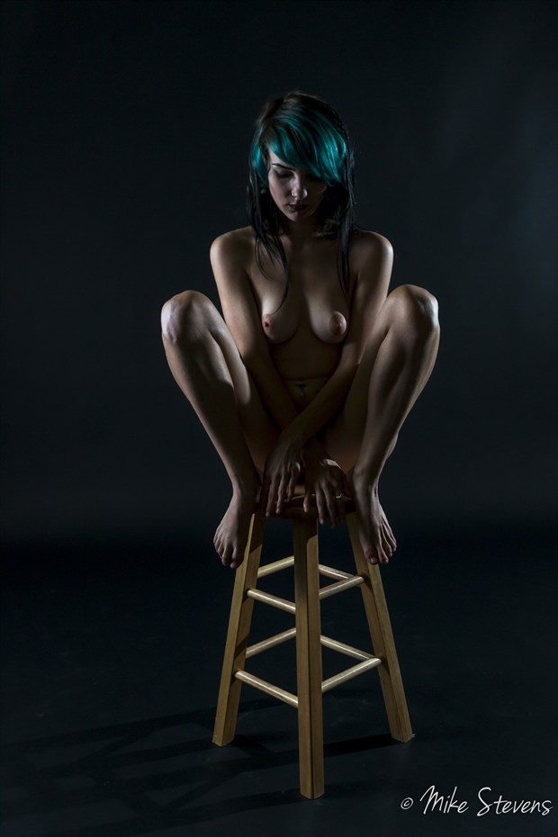 Pedestal Posing stool  Artistic Nude Photo by Photographer Mike Stevens