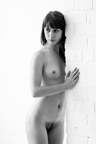 Peliroja in the studio Artistic Nude Photo by Photographer Mike Brown