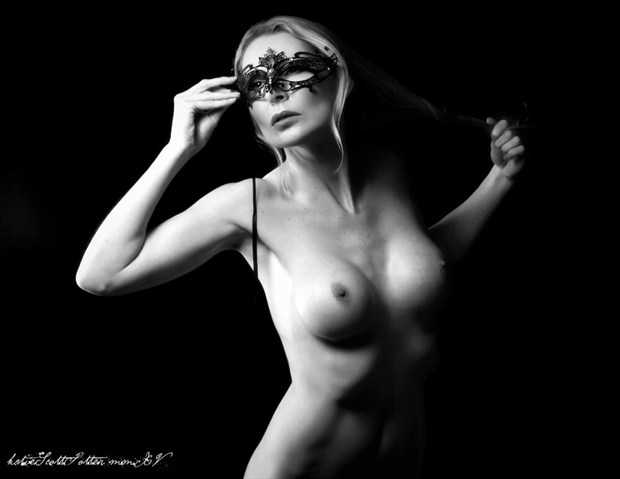 Perfect Disguise Artistic Nude Photo by Photographer Katie Potter