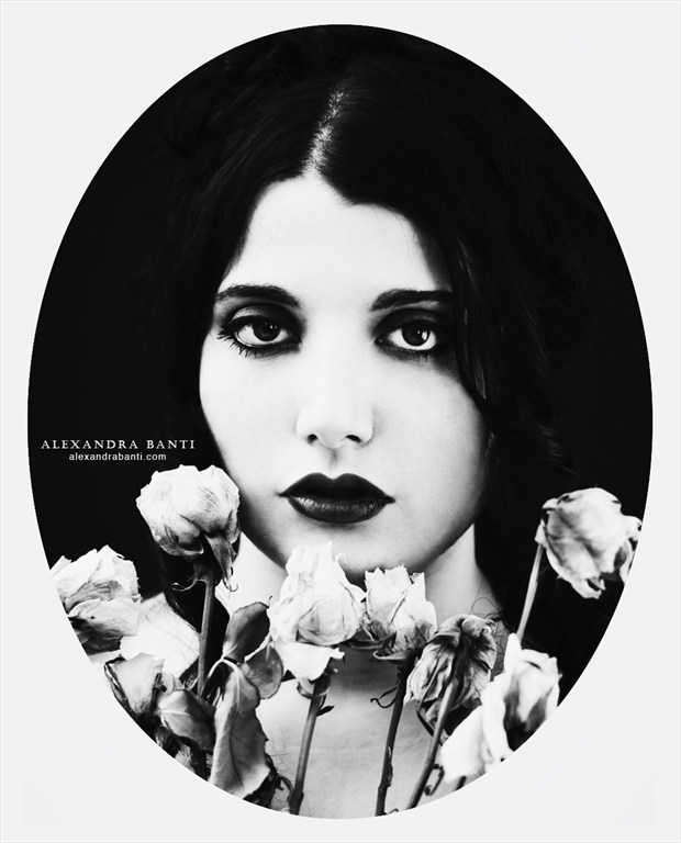 Photo : Alexandra Banti Sensual Artwork by Model Ana Wanda K