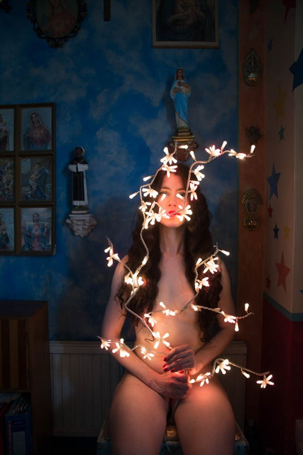 Photo by Alva Bernadine Artistic Nude Photo by Model Lou Lou