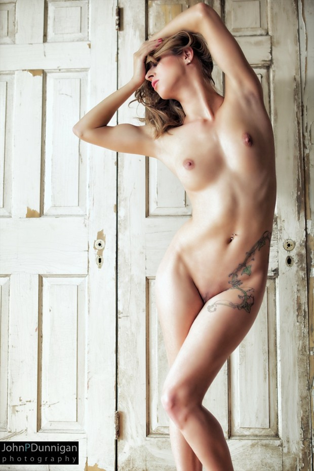 Photographer: John P Dunnigan Artistic Nude Photo by Model Ivy Lee