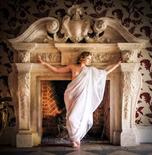 Pipewell Fireplace Artistic Nude Photo by Photographer MaxOperandi