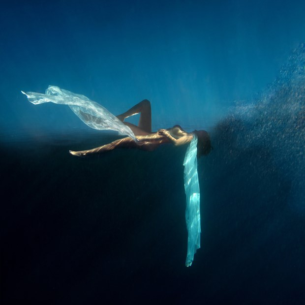 Posidonia & Atlantis Artistic Nude Photo by Photographer Miguel Soler Roig
