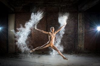 Powder Ballet  Artistic Nude Photo by Photographer Al Fess