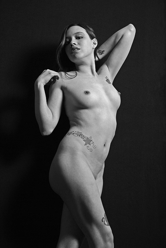 Powerful Artistic Nude Photo by Photographer Hey Boo Photography