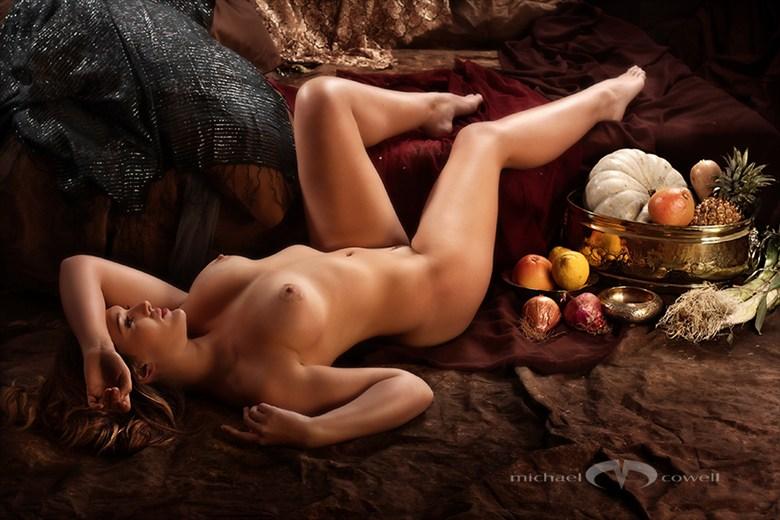 Pre Raphelite 01 Artistic Nude Photo by Photographer Michael Cowell