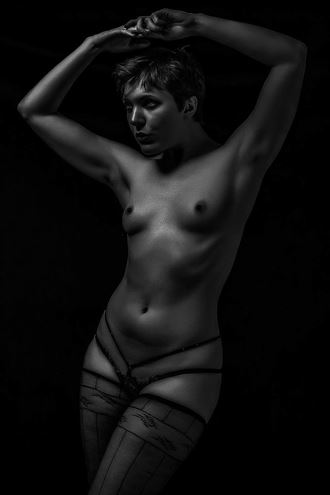 Primal Artistic Nude Photo by Model Kitty Quinzell