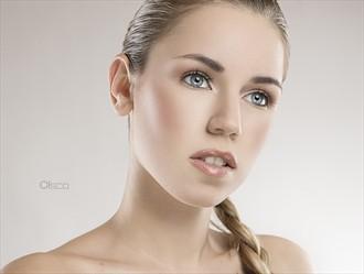 Pure Beauty Studio Lighting Photo by Photographer Cisco