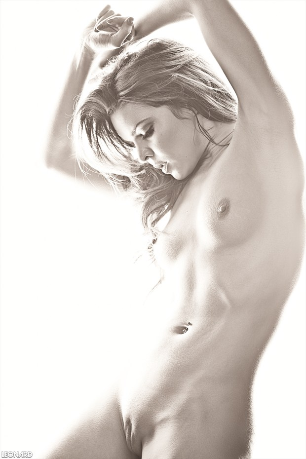 Pure Rebel Artistic Nude Photo by Photographer LEONARD Photography