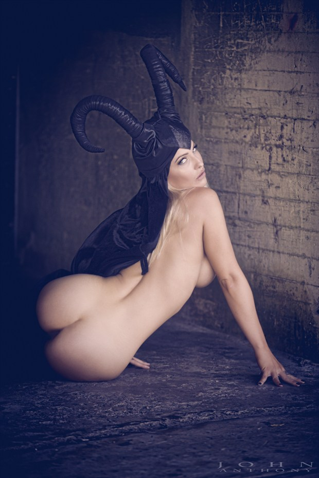 Queen of Darkness. Artistic Nude Photo by Photographer John Anthony