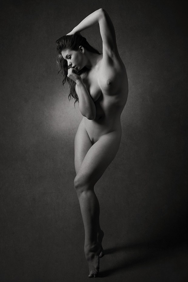 Query Artistic Nude Photo by Photographer Mick Waghorne