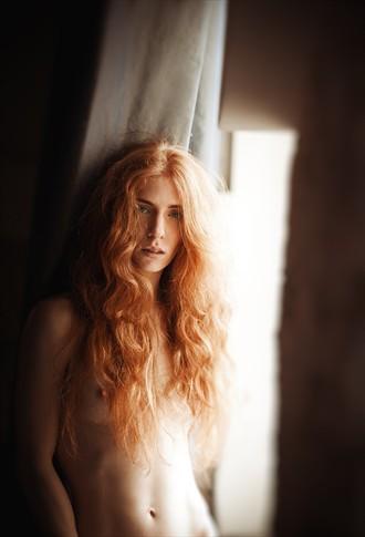 R Artistic Nude Photo by Photographer Pavel Ryzhenkov
