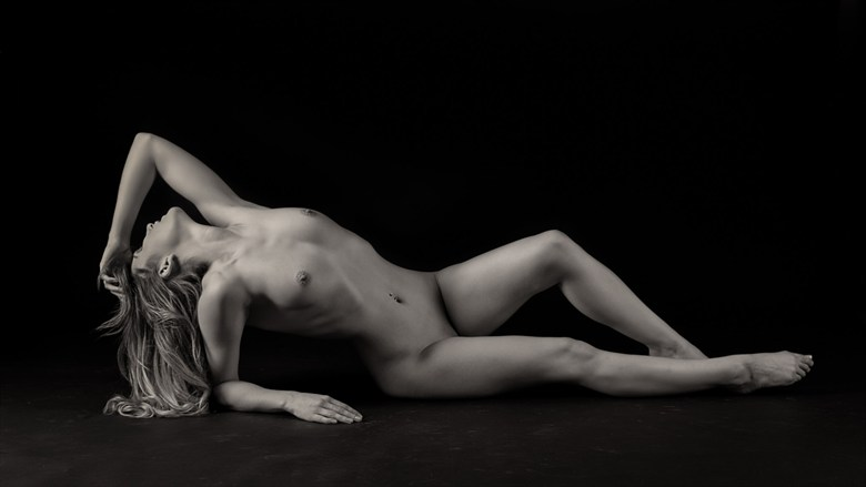 Rachelle Artistic Nude Photo by Photographer Rascallyfox