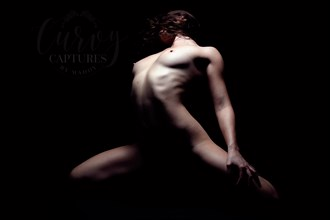 Radiating Light  Artistic Nude Photo by Photographer MaddyLens Photography