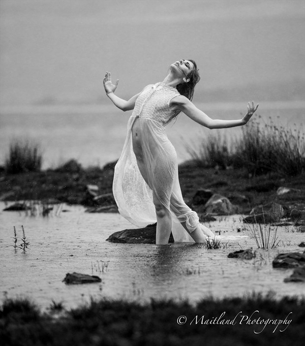 Rain Dance Artistic Nude Photo by Photographer Stephen Maitland