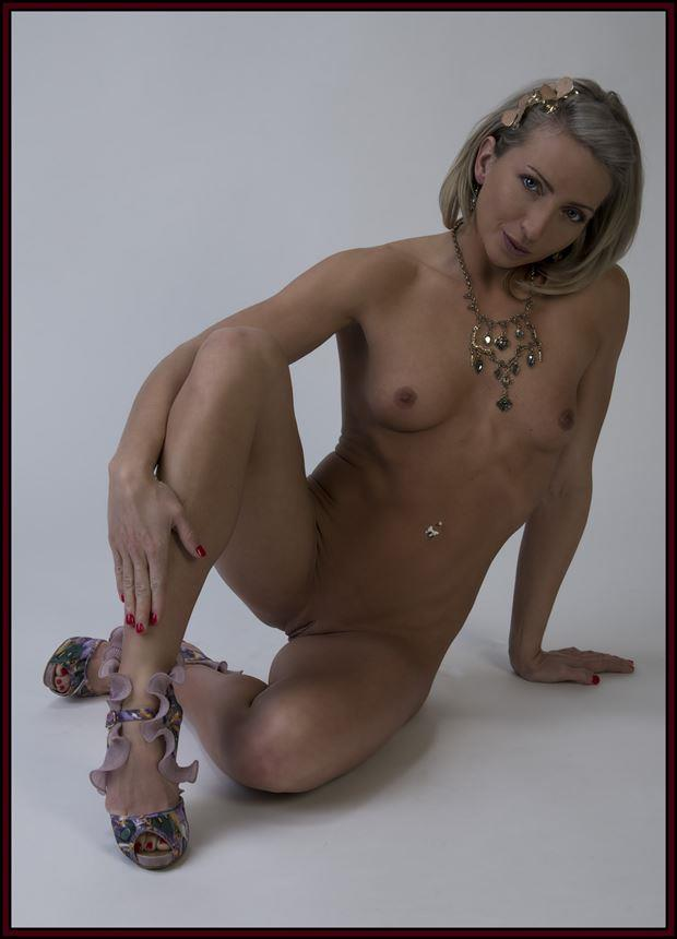 Randi Artistic Nude Photo by Photographer Tommy 2's