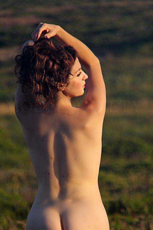 Rear View Artistic Nude Photo by Artist AnneDeLion