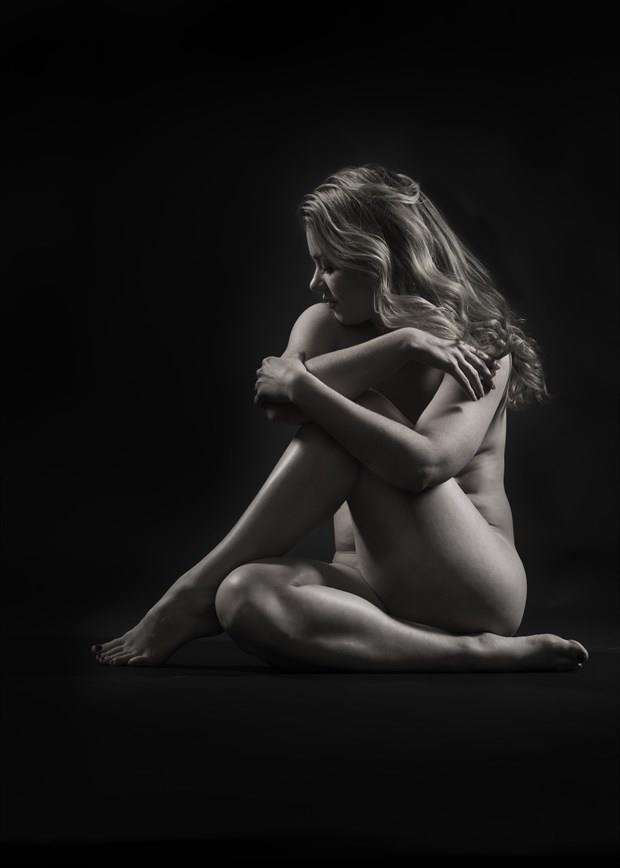 Rebecca Artistic Nude Photo by Photographer Tommy 2's