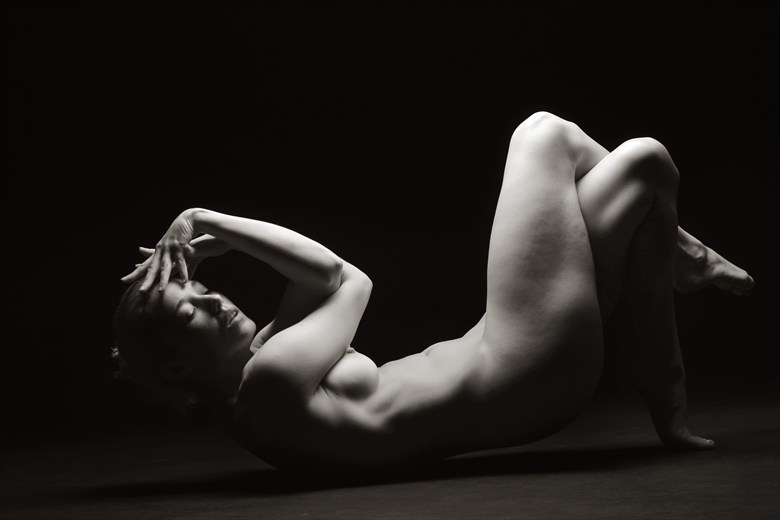 Reclined Pose  Artistic Nude Photo by Photographer Mark Bigelow