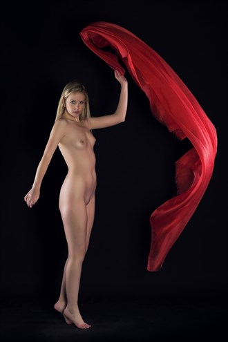 Red Fabric I Artistic Nude Photo by Photographer JayPeter