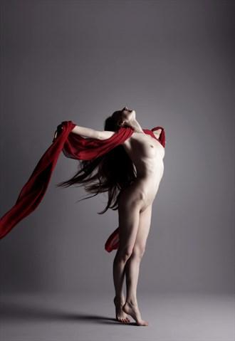 Red Wind Artistic Nude Photo by Model Ciryadien