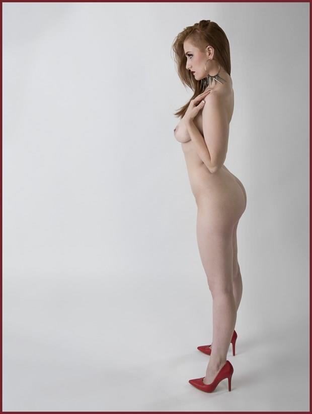 Red heels Artistic Nude Photo by Photographer Tommy 2's